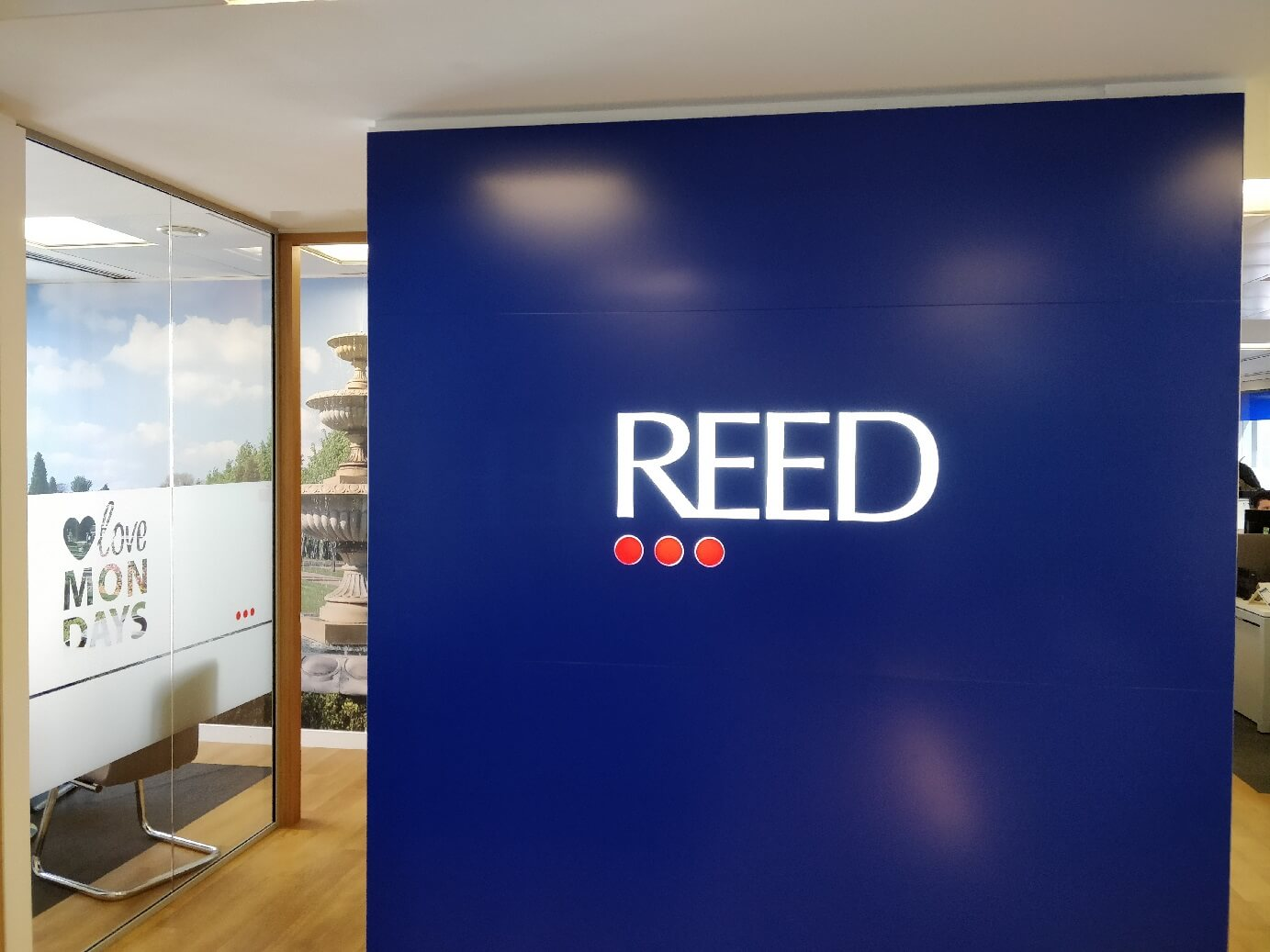 central london offices for reed - farringdon reception