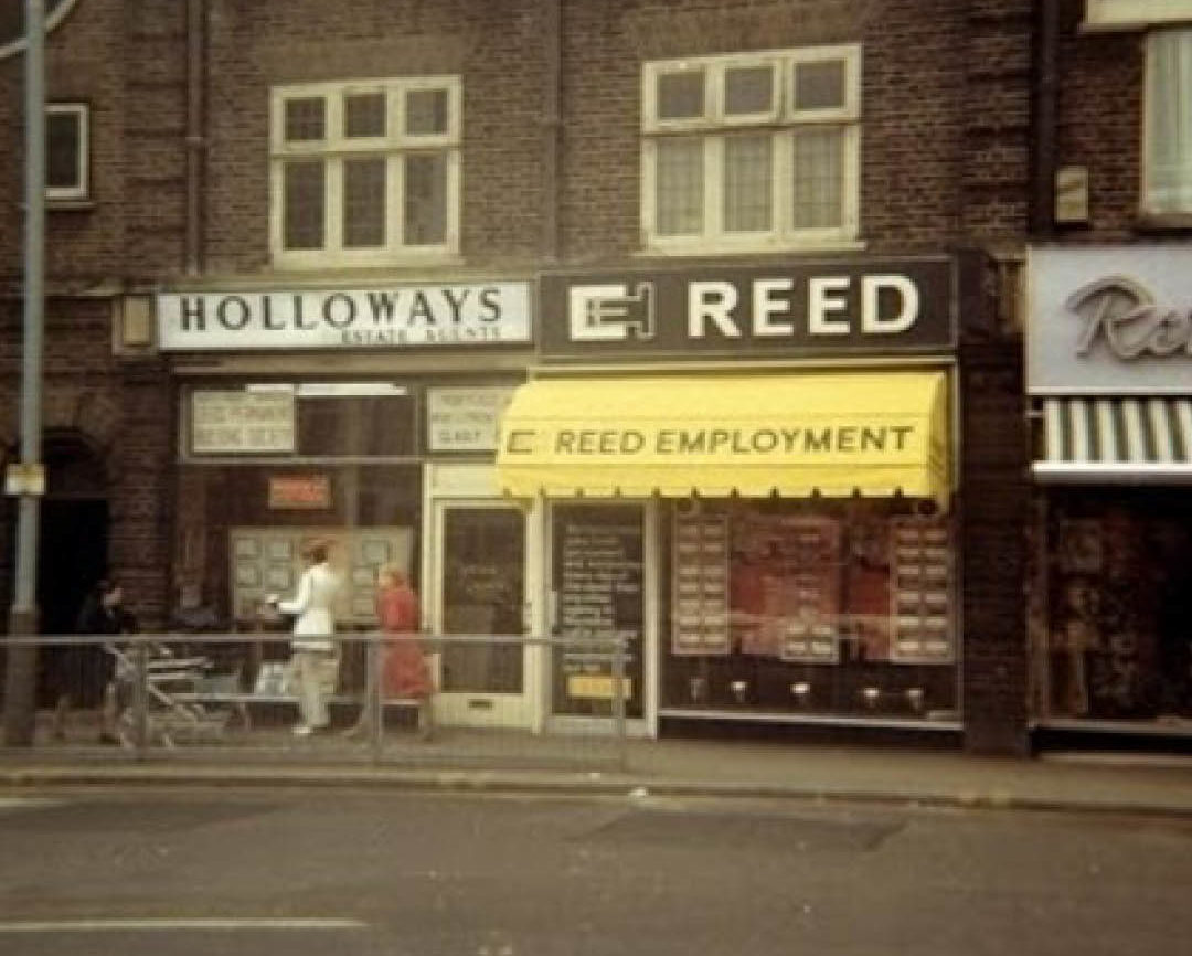 first reed office in hounslow london opened by sir alec reed in 1960